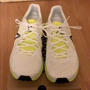 Women's 9.5 Reebok Floatride Running shoes